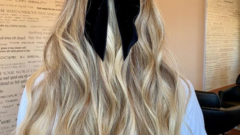 Cute Hair Tutorial on Pinterest to try!